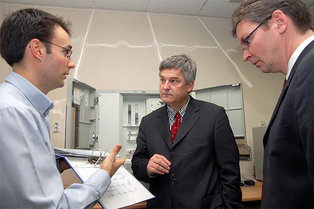 German Ambassador in Sarajevo Lab (in the middle)