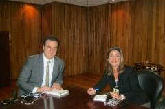 Tokom sastanka Bomberger i Adriana de la Garza glavnog tužioca države Nuevo León, Meksiko